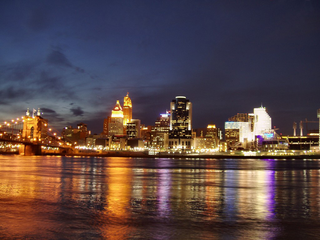 cincinnati_skyline_night