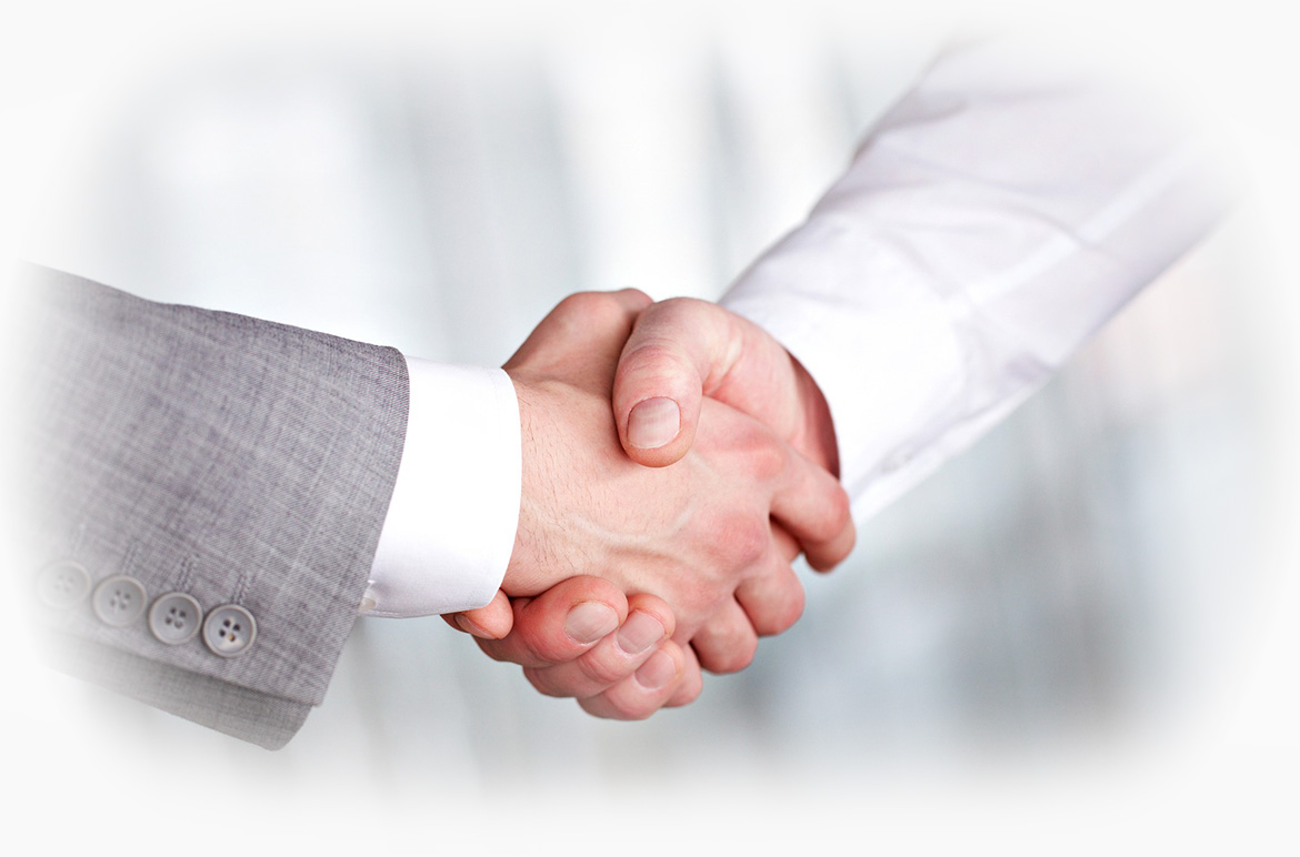 two local Cincinnati businessmen shaking hands